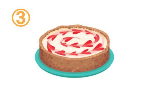 ソースでハートのデコレーションがされたパイ