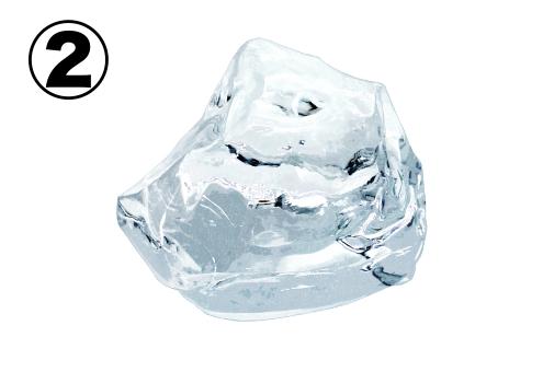 台形のような氷