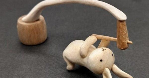 ハナノ工場 うさぎの餅つき木工アート