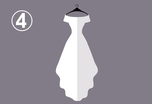 オフショルダーの細身なプリンセスドレス