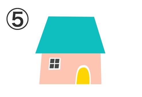 エメラルドの屋根、ベージュの壁、黄色のドアの家