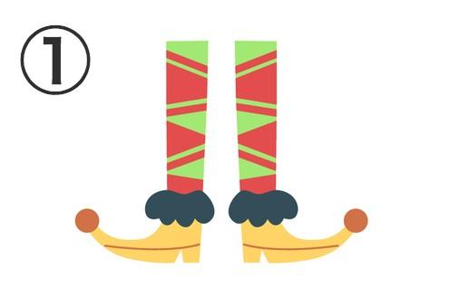 木緑と赤の三角柄タイツに、赤い玉と黒いファー付きの黄色いショートブーツ