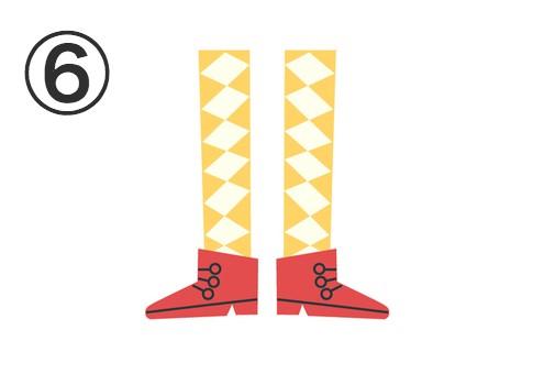 黄色いアーガイル柄タイツに赤いショートブーツ