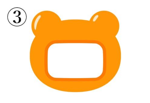 オレンジのクマの形の名札