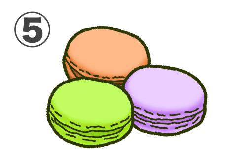 オレンジ、黄緑、紫のマカロンのセット
