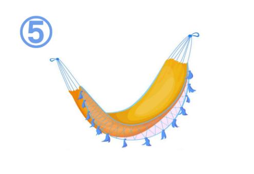 青いフリンジ付きの黄色いハンモック