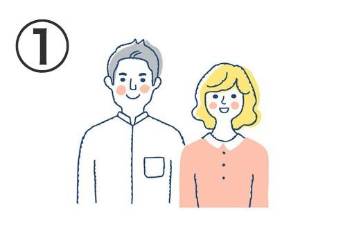 白シャツにグレーヘアの男性と、コーラルトップス、黄色ミディアムヘアの女性