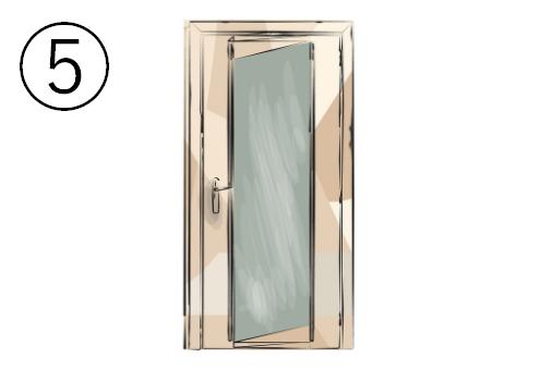 斜めカットの窓がついたど